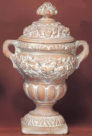 Impero Urn with Lid