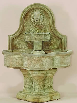 Luccan Lion Wall Fountain