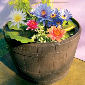 Poly 1/2 Wine Barrel Tub Garden