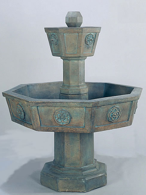 Neogotico Fountain. Bronze